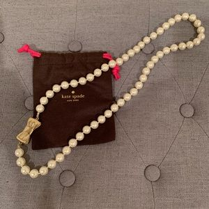 Kate Spade Large Pearl & Gold Bow Necklace